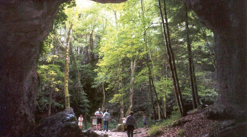 Saint-Christophe / Les Echelles : Les grottes de Saint-Christophe